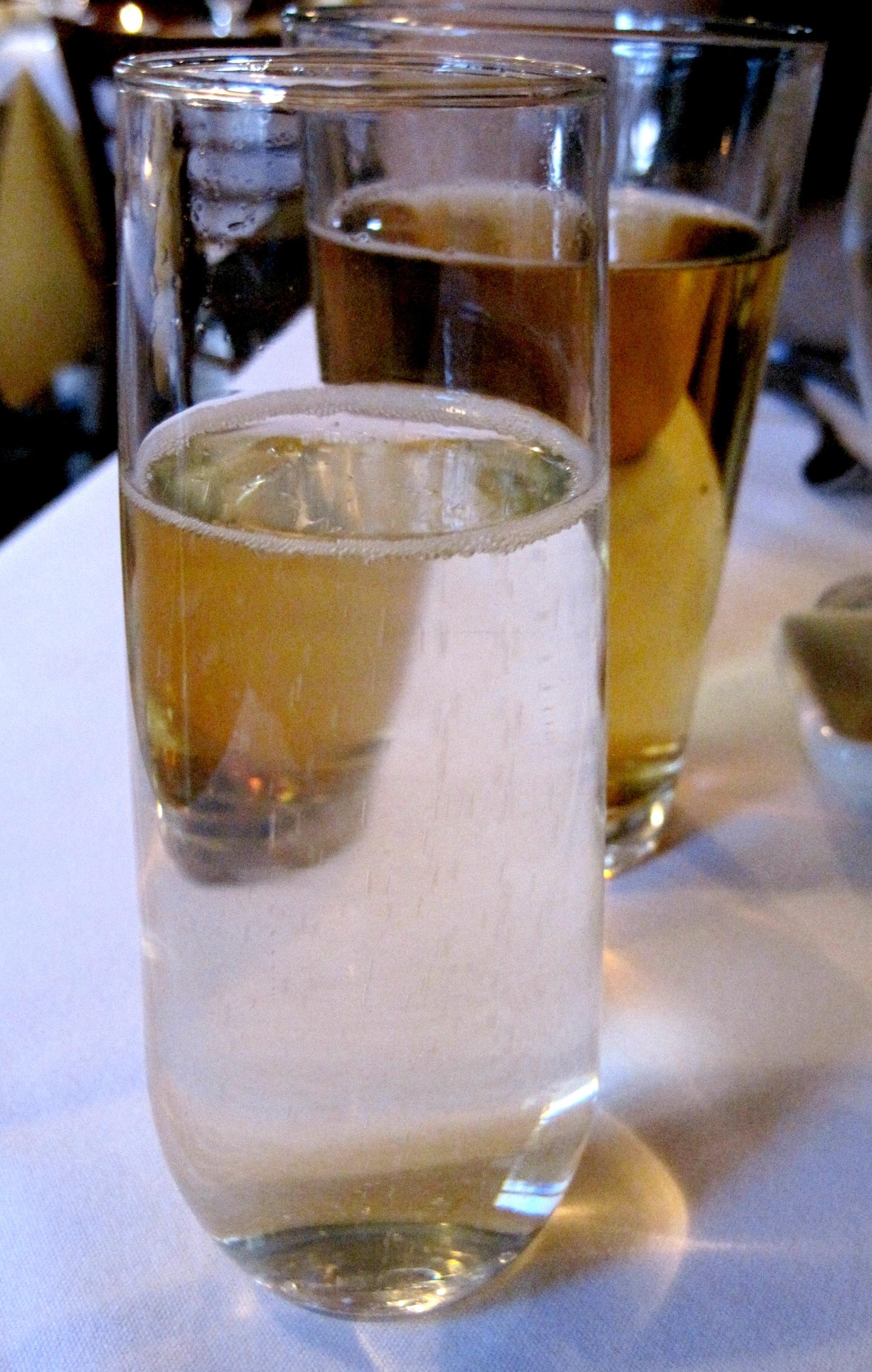 cecco ristorante_wine