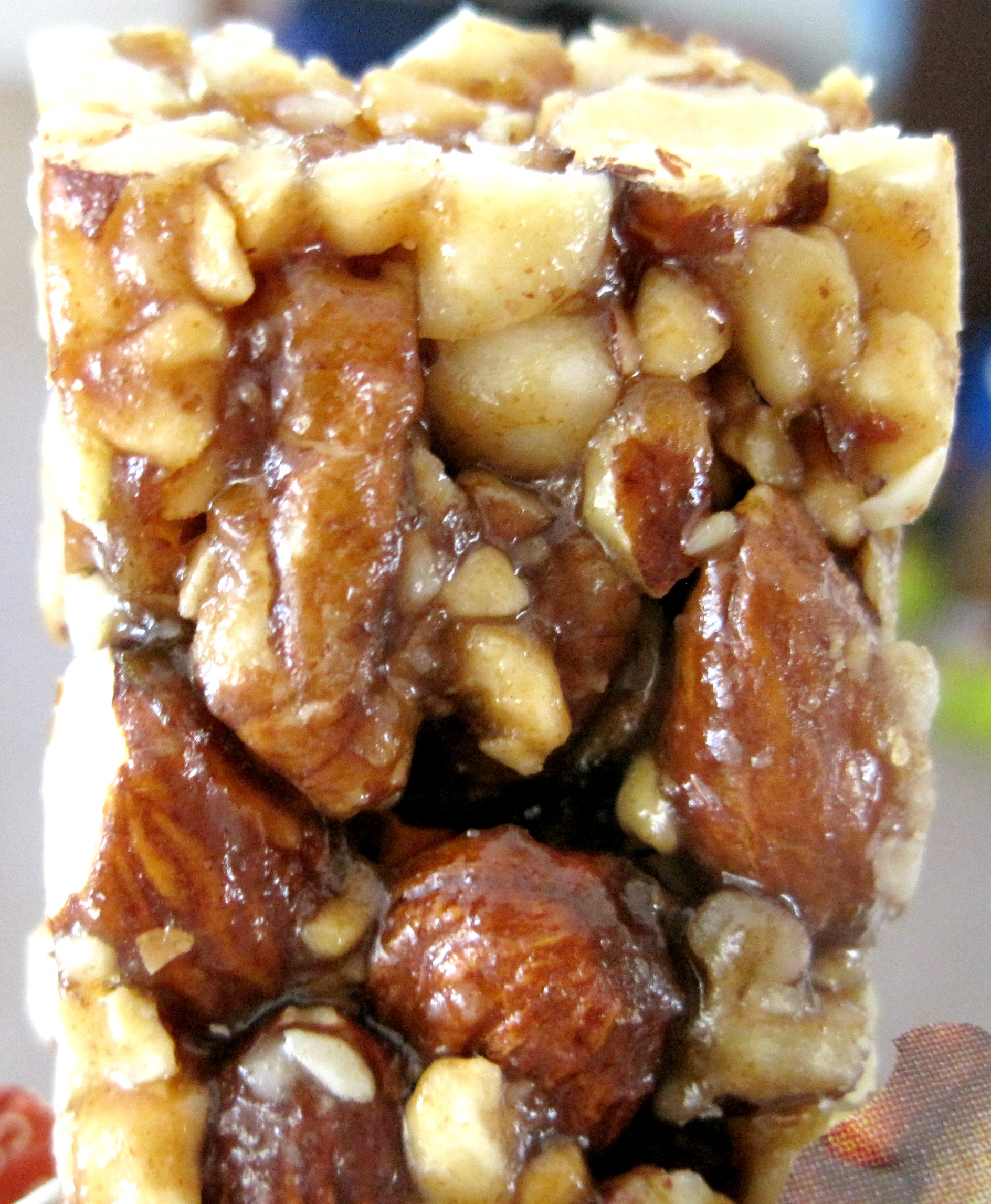 larabar uber bar toasted nut roll
