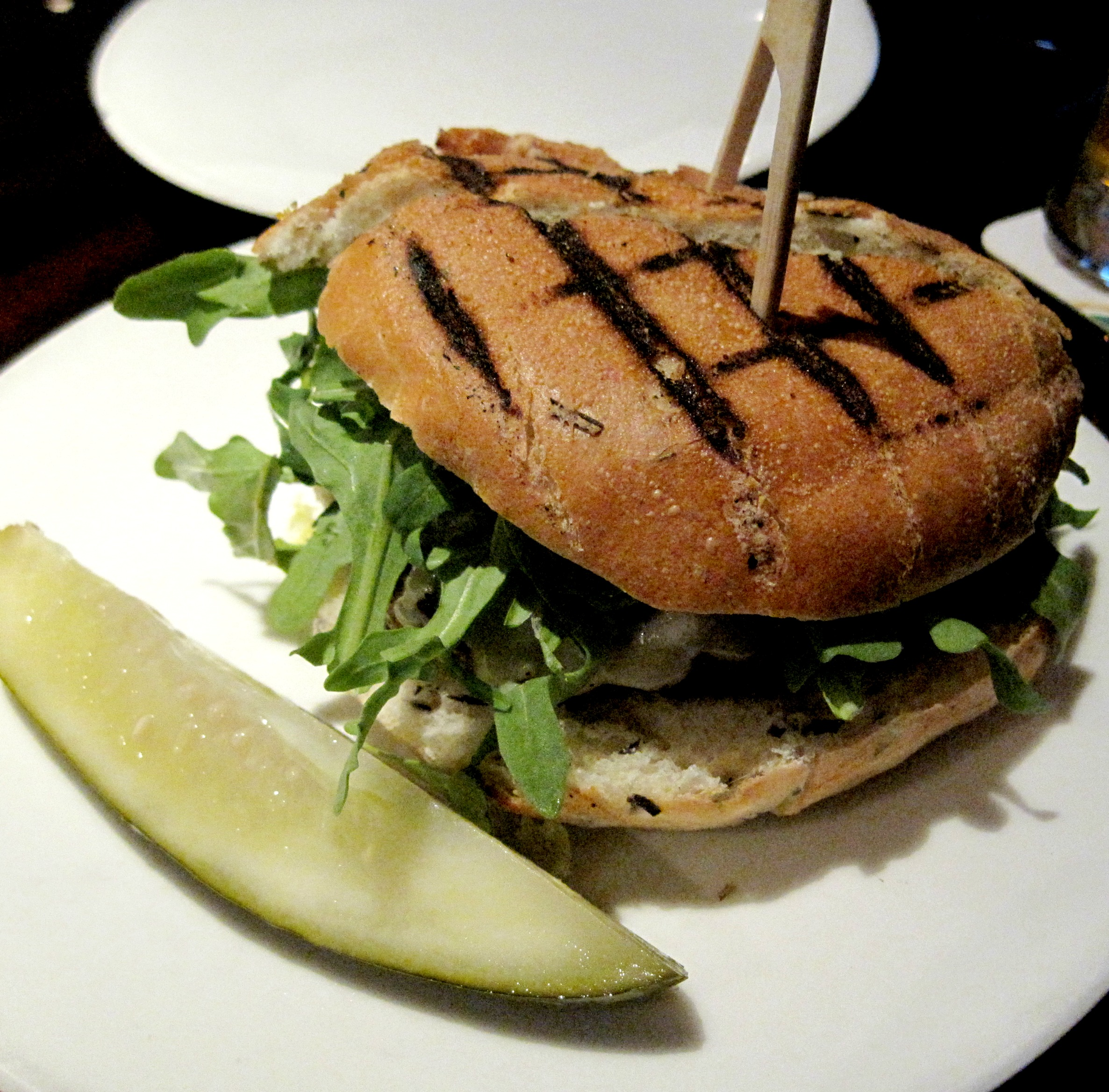 the crow bar and kitchen burger