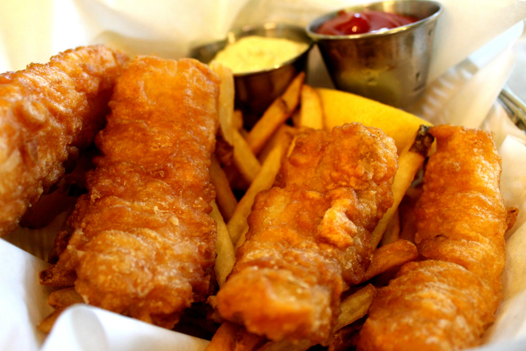 Santa Monica Seafood fish n chips