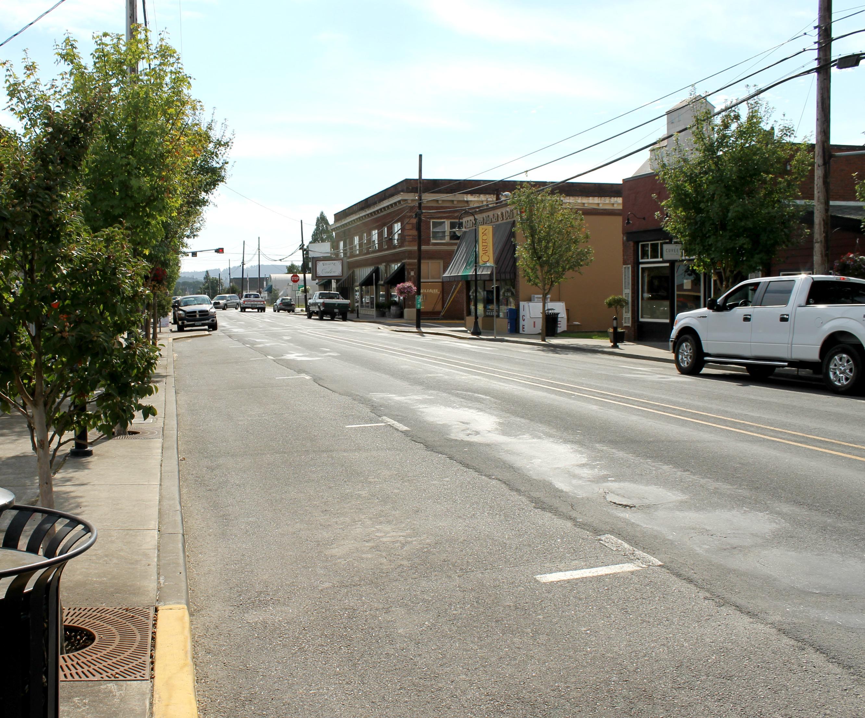 carlton main street