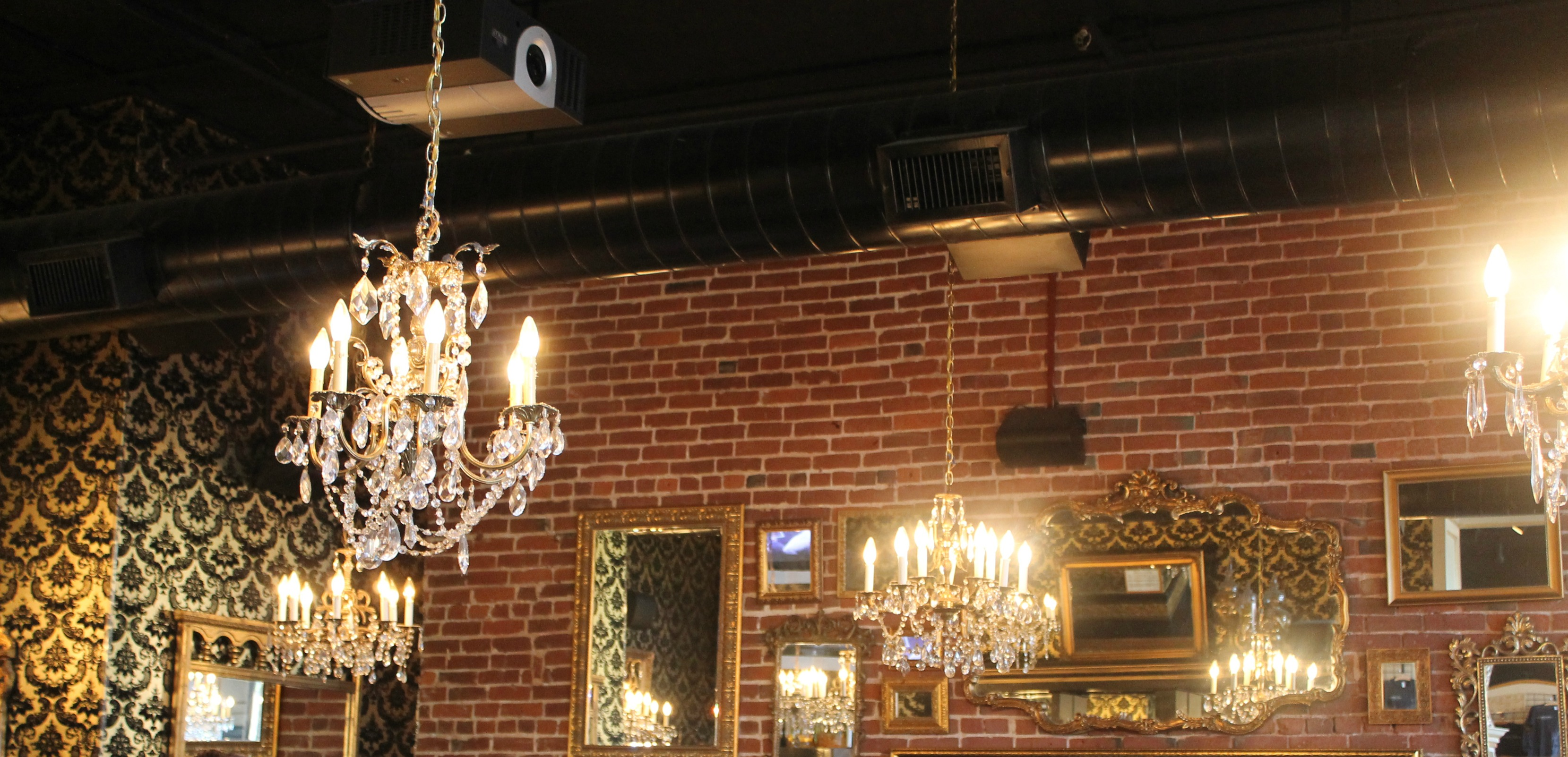 mothers bistro and bar decor