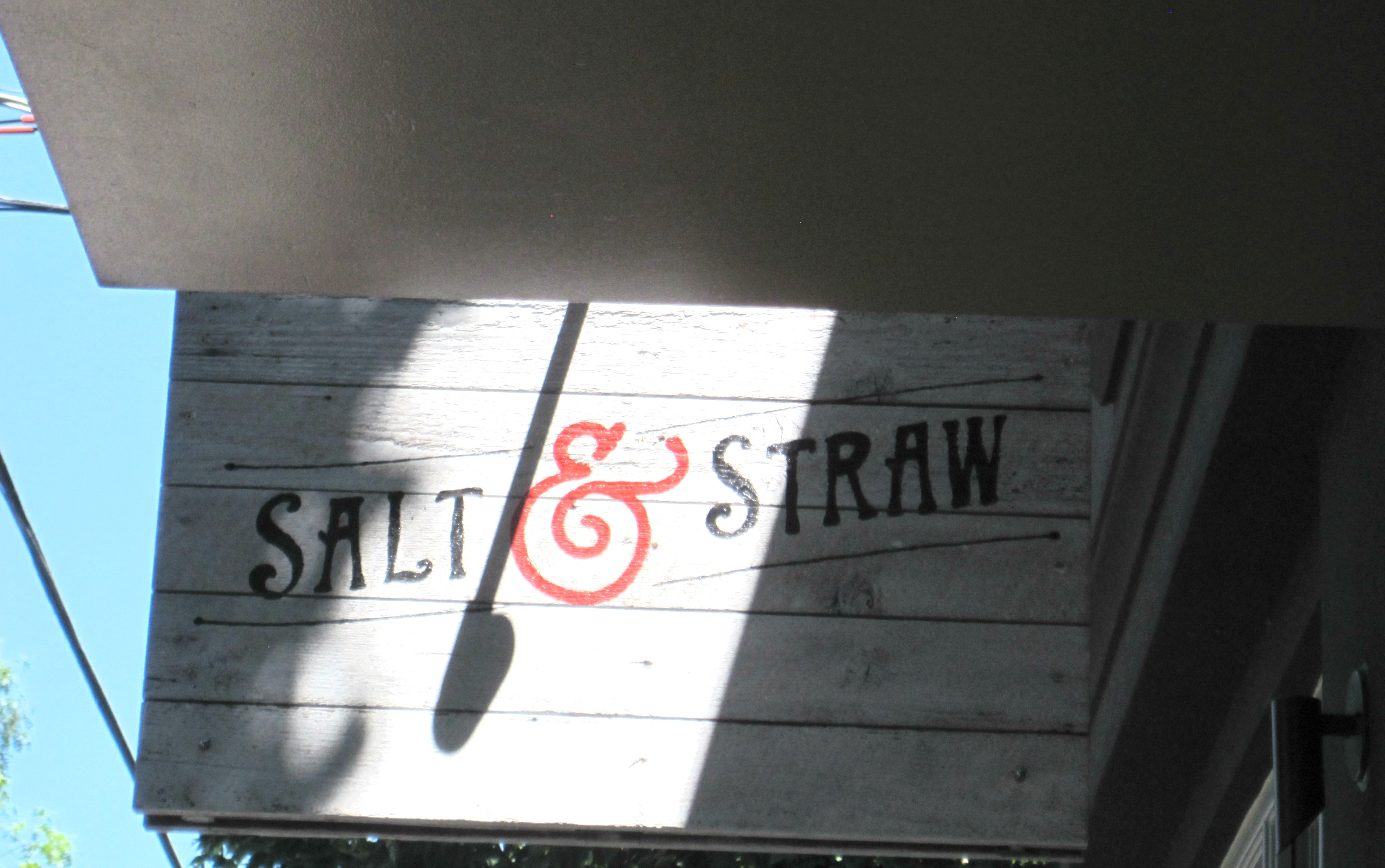 salt and straw sign
