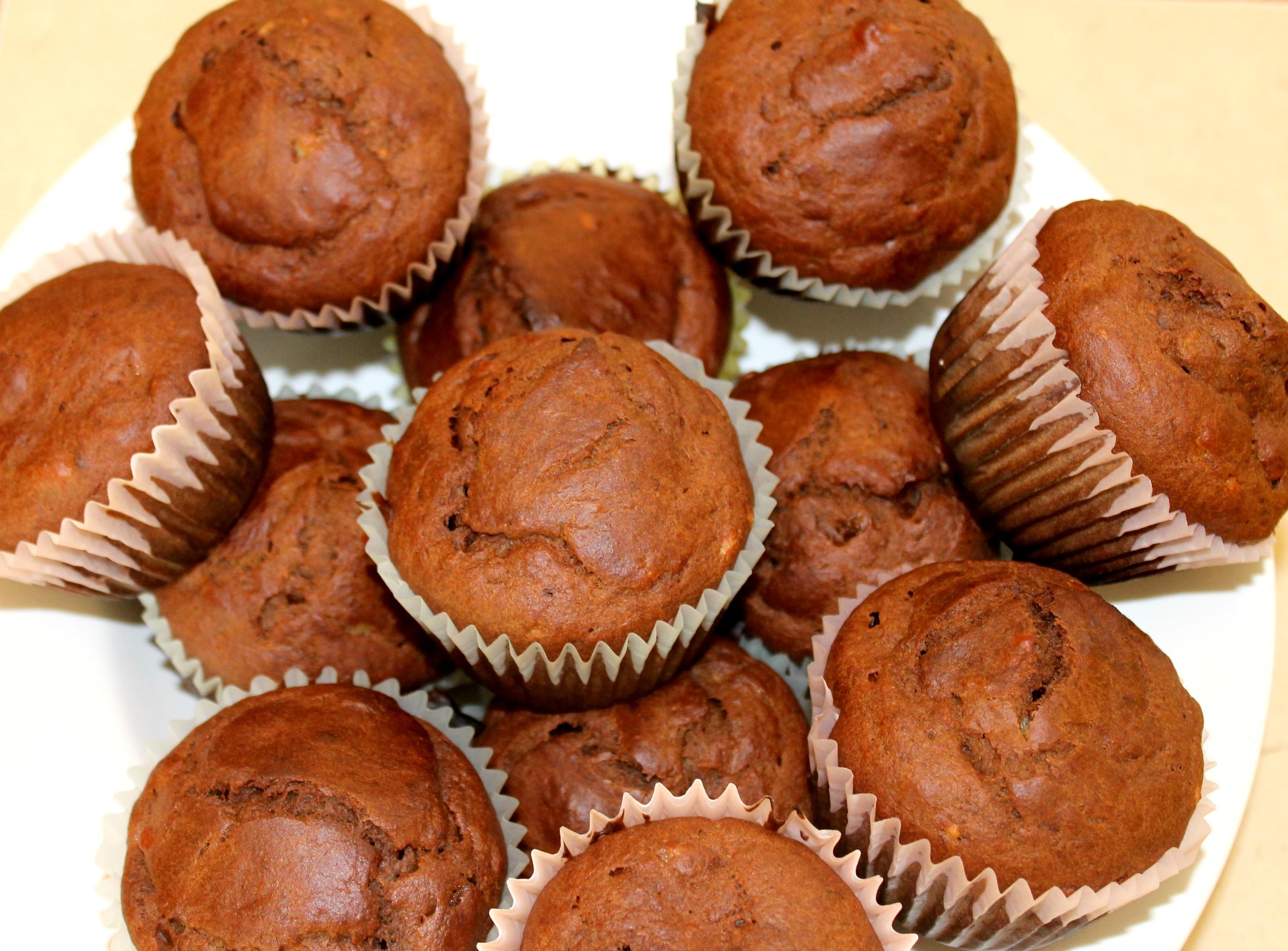 cocoa banana muffins bunch