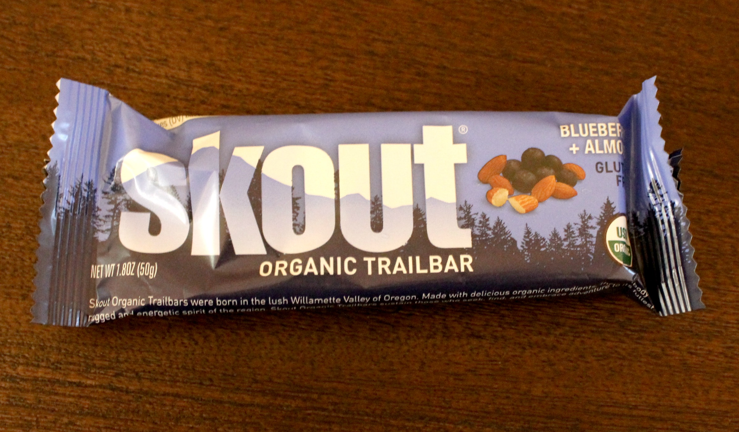 Skout trailbar Blueberry Almond