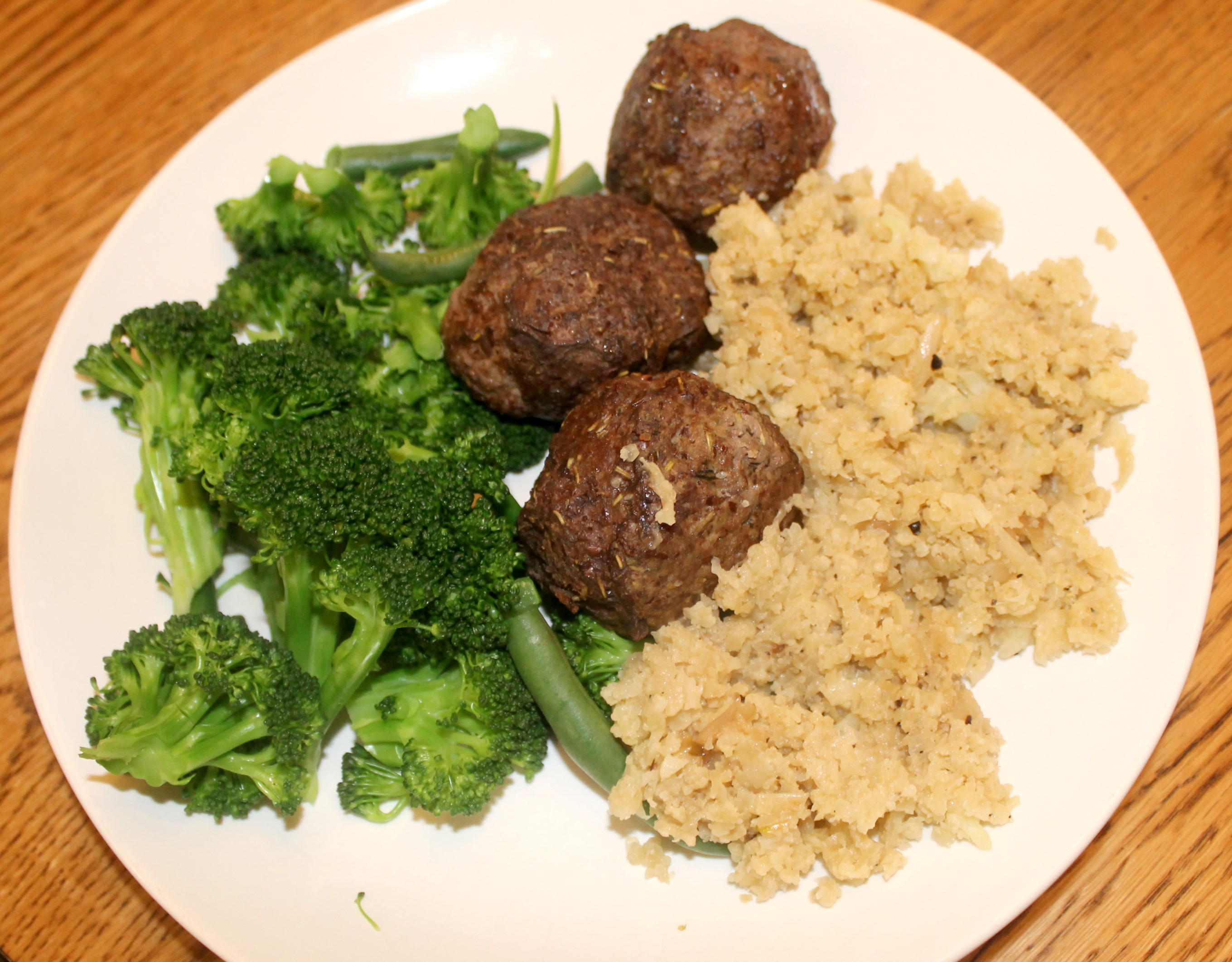 Easy Cauliflower Rice Meatballs