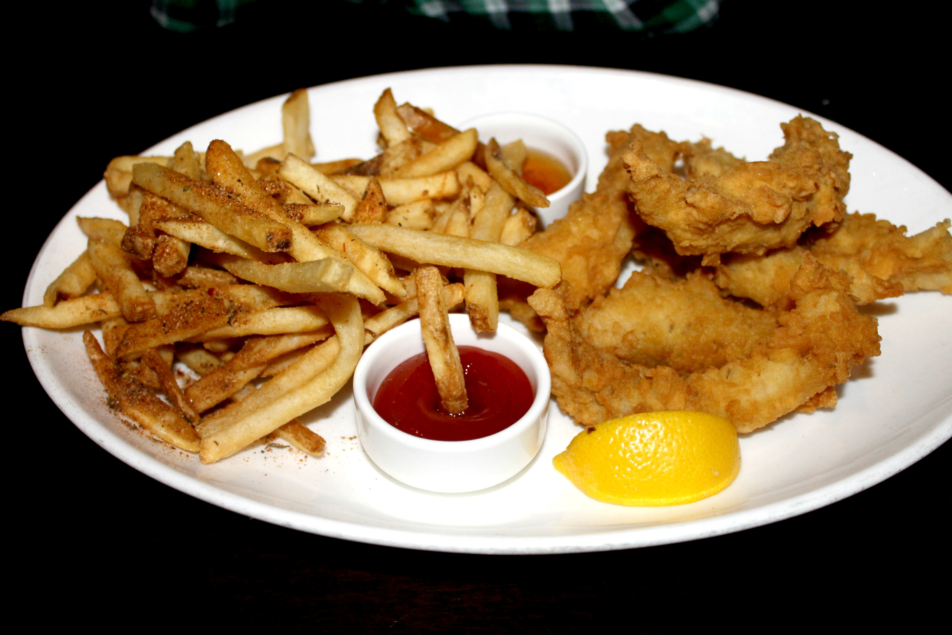 tommy bahama fish n chips