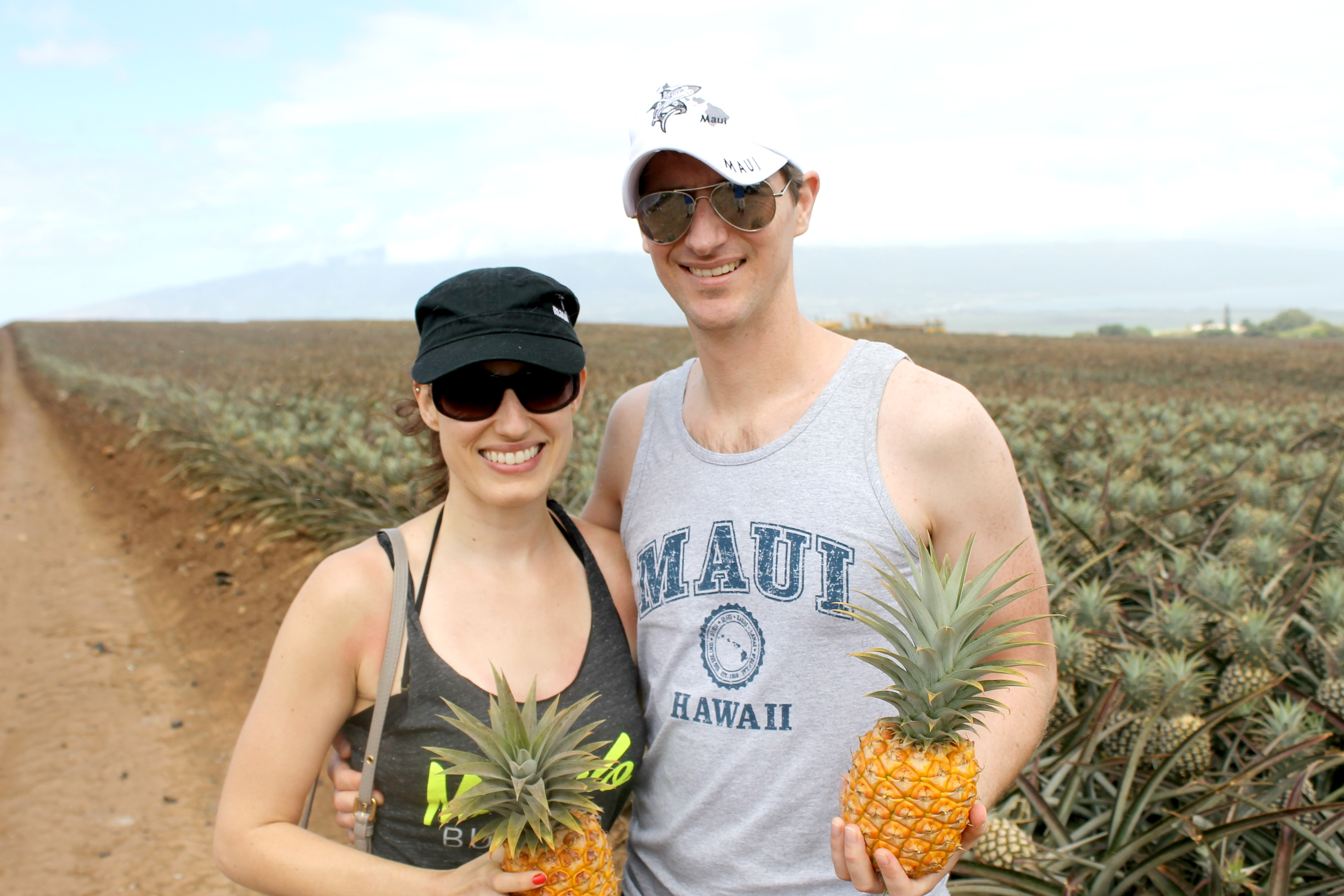 Maui Pineapple Tour Couple