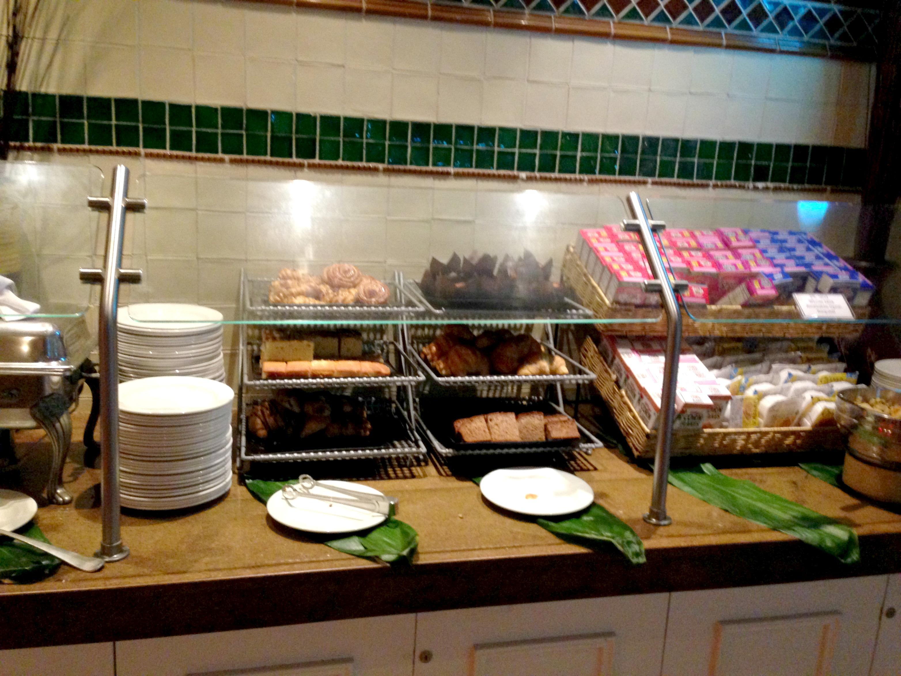 Breakfast at the Sheraton Maui cold buffet
