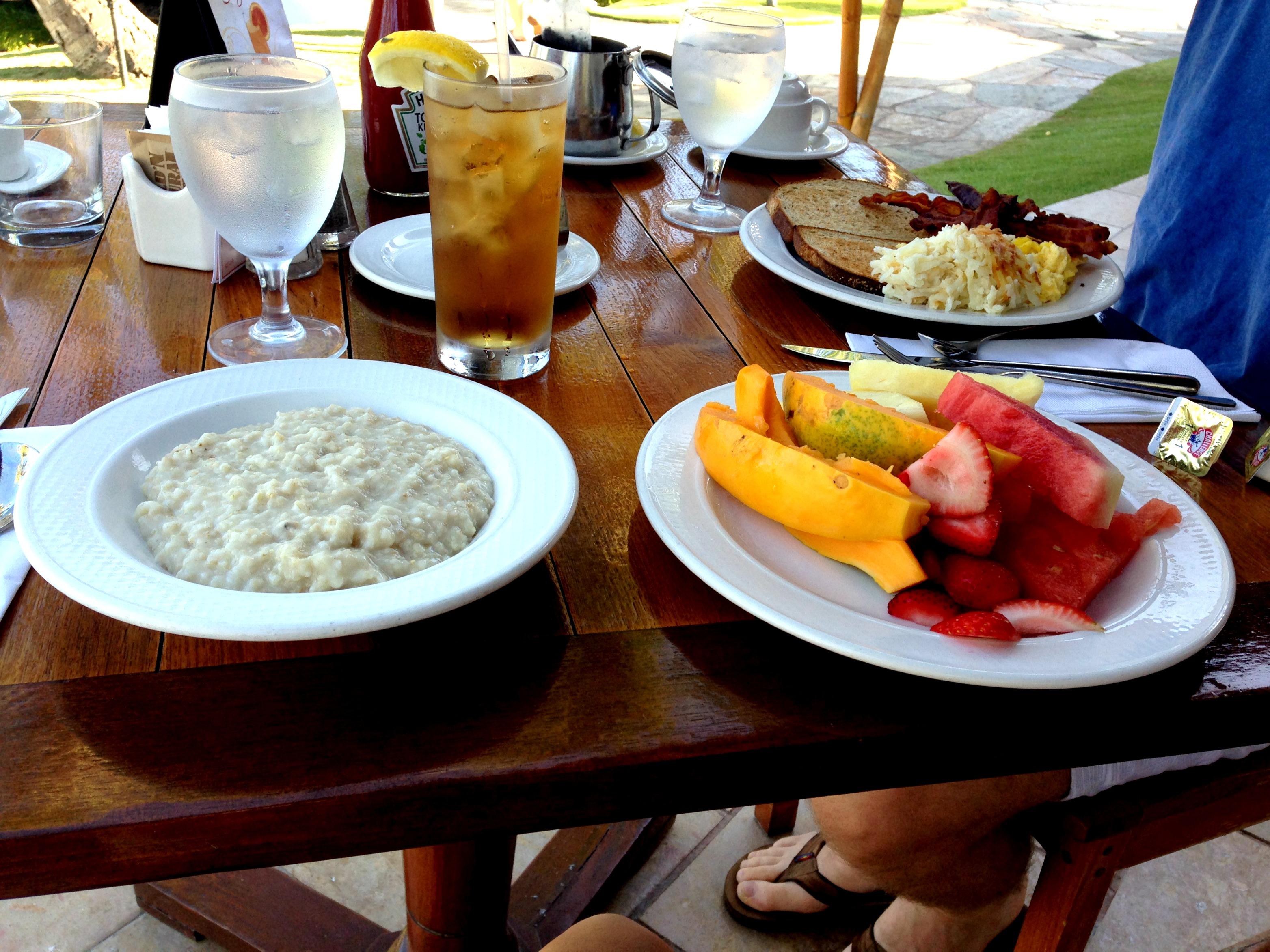 breakfast at the sheraton maui spread