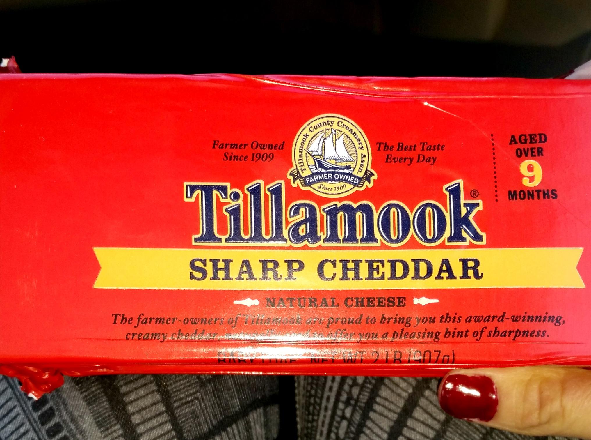 tillamook cheese cheddar loaf