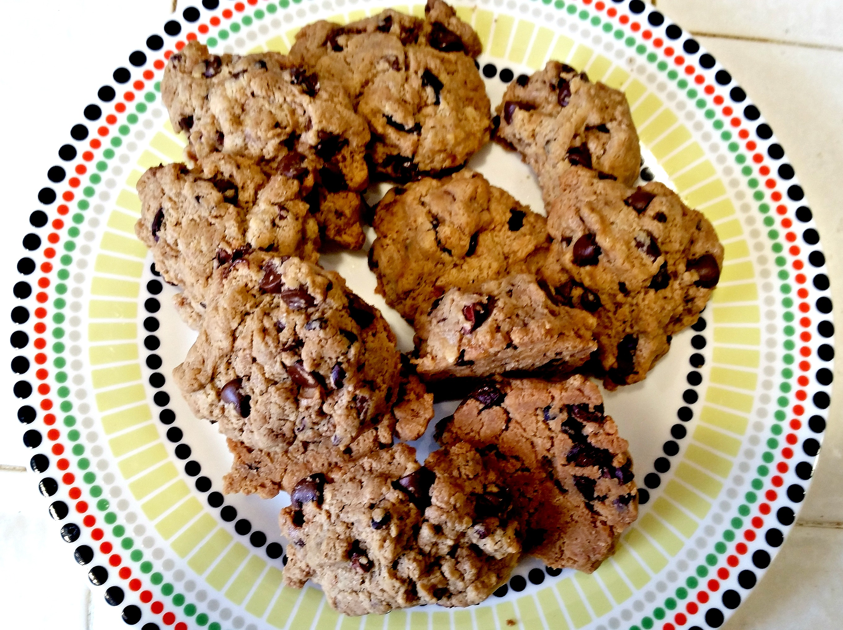tahini chocolate chip cookies